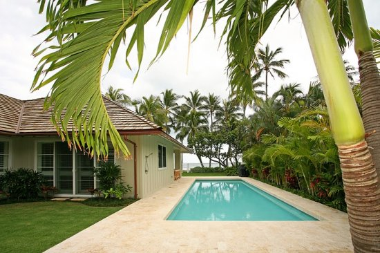 hawaii_loa_beachfront_villa_35